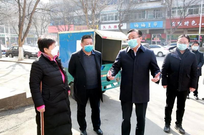 王维峰在督查时强调:把动态防控、科学防