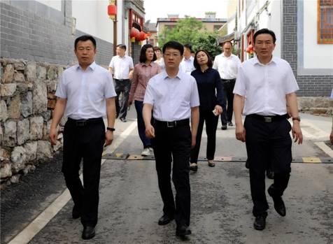 淮北市相山区来汉王镇考察乡村振兴工作