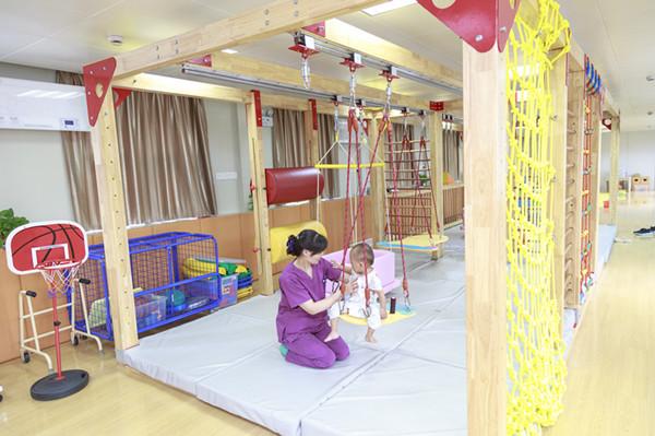 徐州市儿童医院丨拉住自闭症患儿的手让他们从此不