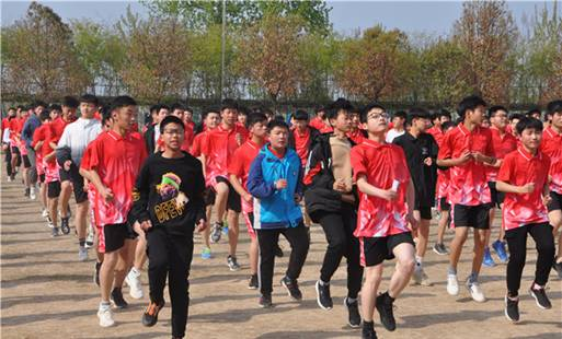 冲刺中考 再次练兵――铜山区棠张镇中心中学举行第